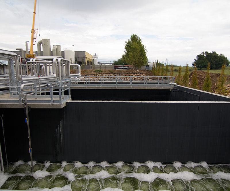 Smaltimento rifiuti liquidi pericolosi