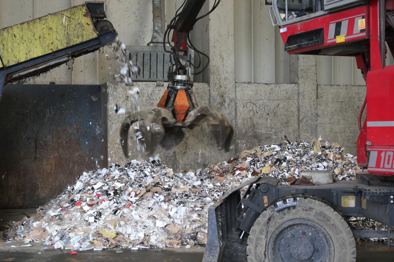 Trattamento rifiuti solidi pericolosi